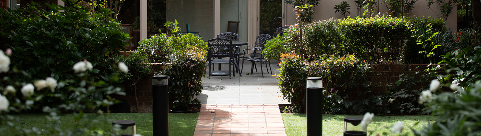 Prospect Hill Camberwell, retirement living - outside courtyard